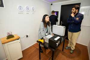 Web client, Challenger Escapes, pop-up escape room